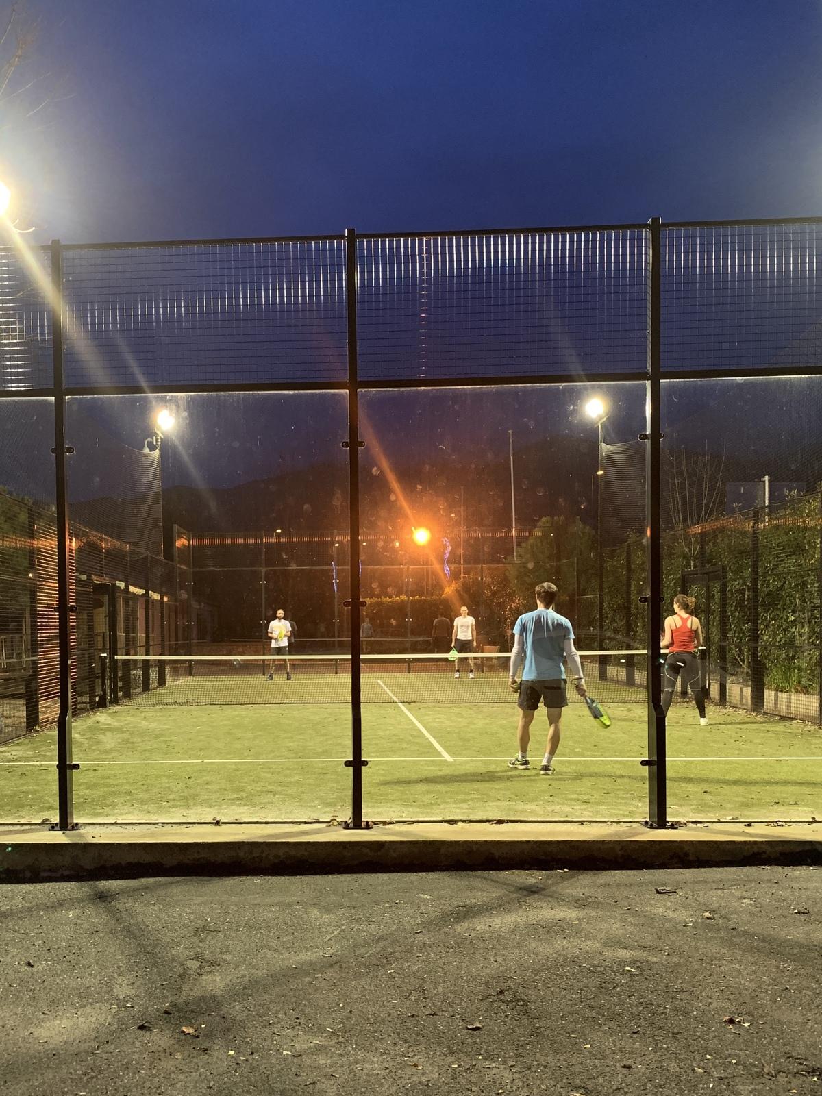 Le terrain padel tennis, ouvert à tous